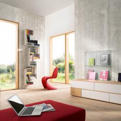 Loft lumineux avec mur en beton naturel